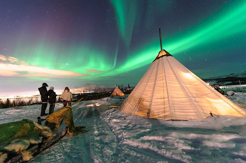 How to Photograph the Northern and Southern Lights Image4