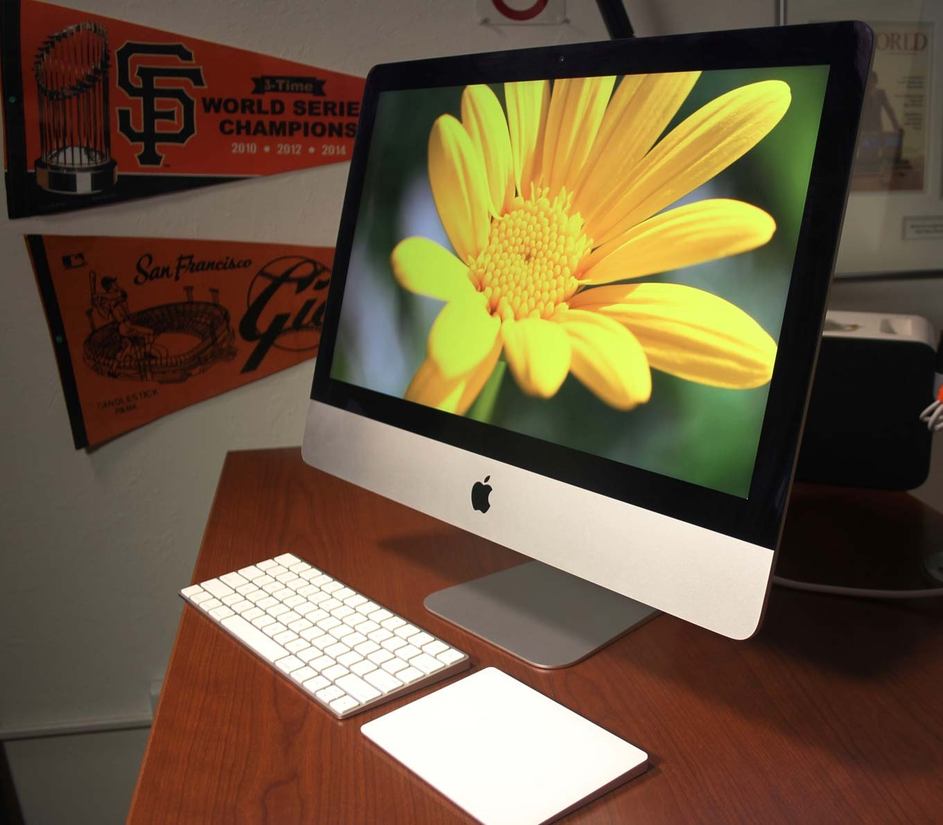 21.5-inch iMac with a Retina 4K display